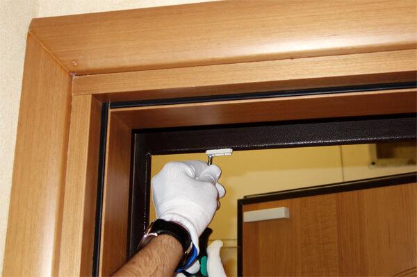как установить датчик открытия двери - фото
